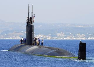 -0780F-004_Los_Angeles-class_fast-attack_submarine_USS_Scranton_(SSN_756)_departs_Souda_harbor_following_a_routine_port_visit_to_Greece's_largest_island.jpg